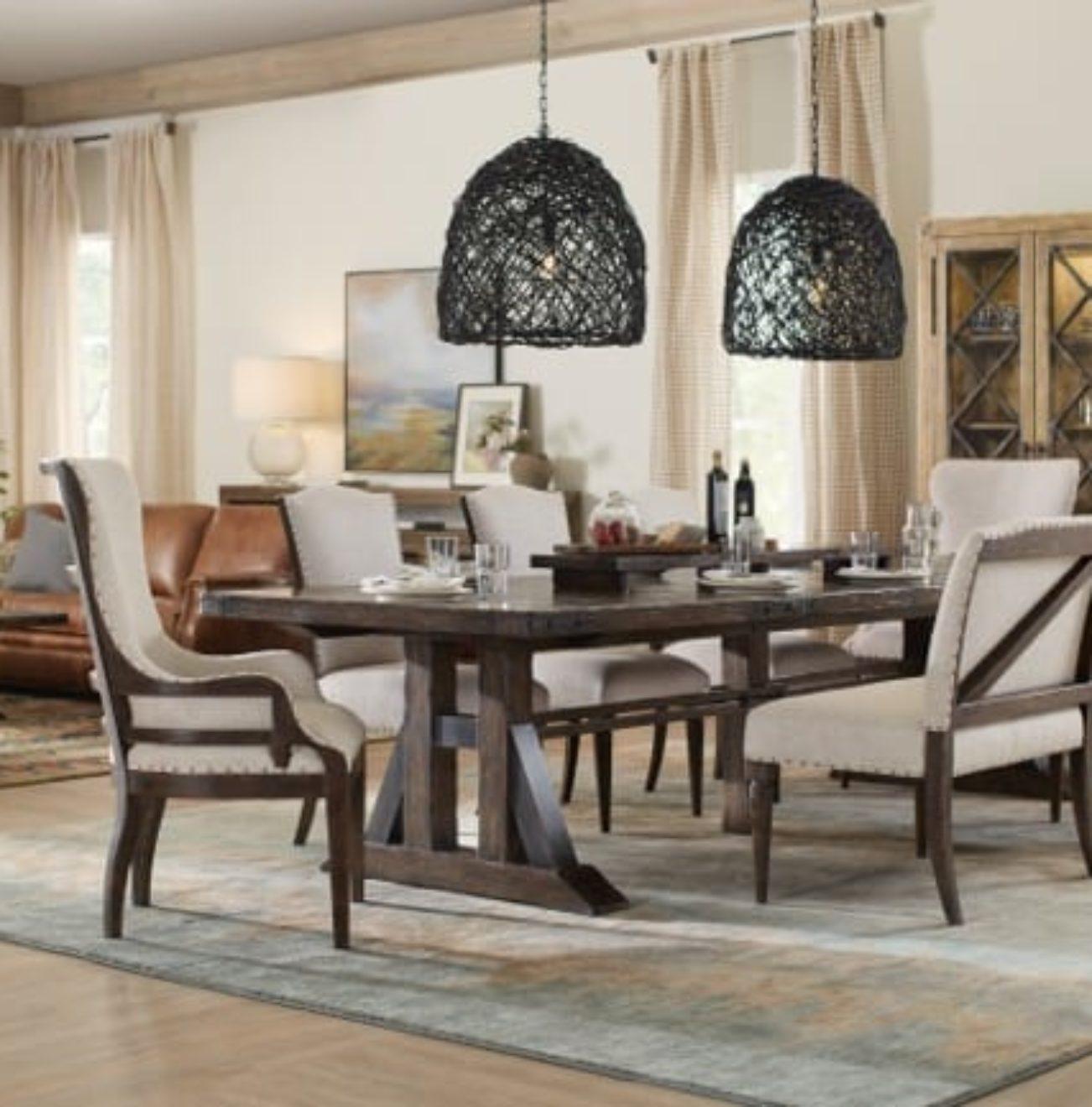 Hooker 1618-75207-019-500-710-diningroom